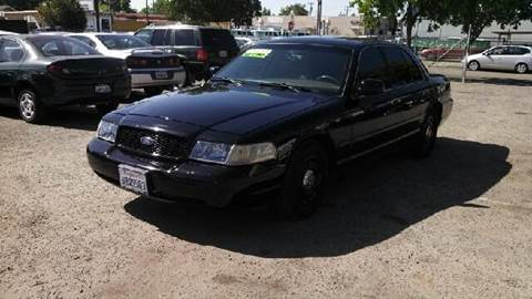 2003 Ford Crown Victoria for sale at Larry's Auto Sales Inc. in Fresno CA