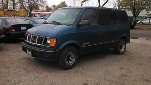 1994 GMC Safari for sale at Larry's Auto Sales Inc. in Fresno CA