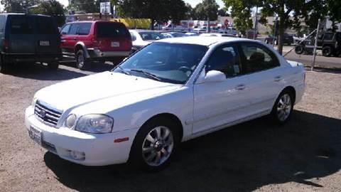 2005 Kia Optima for sale at Larry's Auto Sales Inc. in Fresno CA