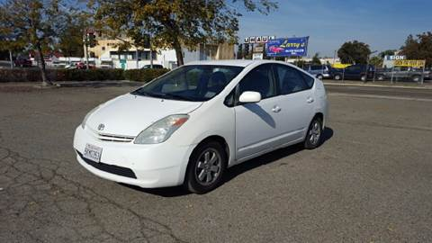 2004 Toyota Prius for sale at Larry's Auto Sales Inc. in Fresno CA