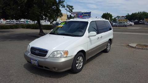 2005 Kia Sedona for sale at Larry's Auto Sales Inc. in Fresno CA