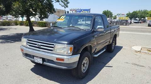 1995 Toyota T100 for sale at Larry's Auto Sales Inc. in Fresno CA