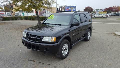 2004 Isuzu Rodeo for sale at Larry's Auto Sales Inc. in Fresno CA