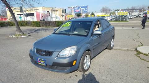 2007 Kia Rio for sale at Larry's Auto Sales Inc. in Fresno CA