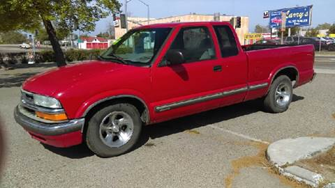 2001 Chevrolet S-10 for sale at Larry's Auto Sales Inc. in Fresno CA