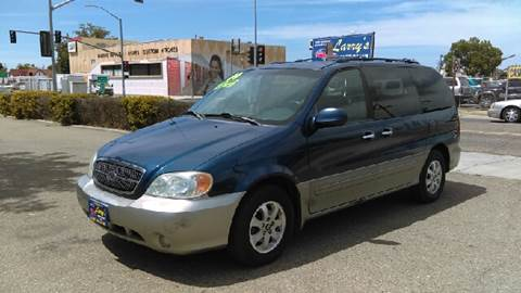2004 Kia Sedona for sale at Larry's Auto Sales Inc. in Fresno CA