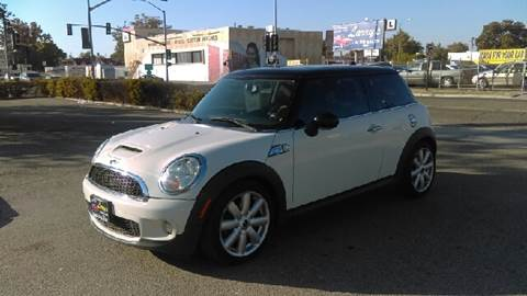 2007 MINI Cooper for sale at Larry's Auto Sales Inc. in Fresno CA