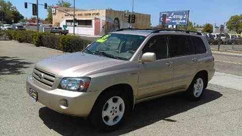 2005 Toyota Highlander for sale at Larry's Auto Sales Inc. in Fresno CA