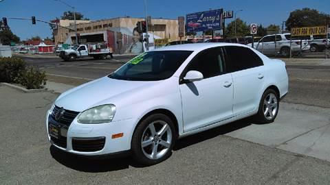 2009 Volkswagen Jetta for sale at Larry's Auto Sales Inc. in Fresno CA