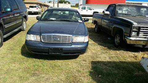 2008 Ford Crown Victoria for sale at A ASSOCIATED VEHICLE SALES in Weatherford TX