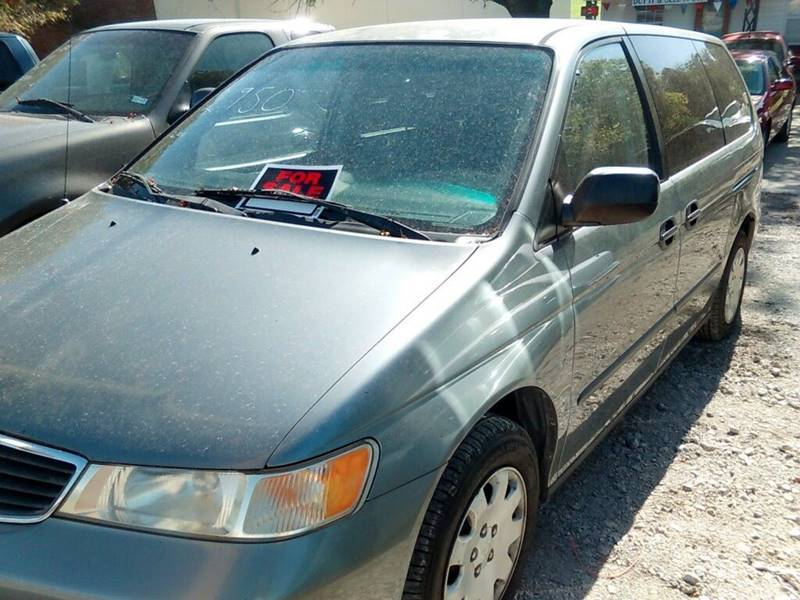 2000 Honda Odyssey for sale at A ASSOCIATED VEHICLE SALES in Weatherford TX