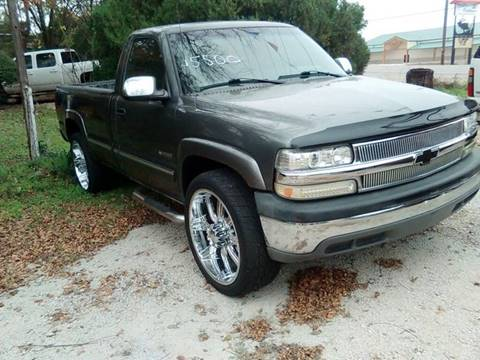 2001 Chevrolet Silverado 2500 for sale at A ASSOCIATED VEHICLE SALES in Weatherford TX