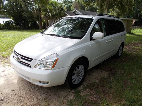 2006 Kia Sedona for sale at LANCASTER'S AUTO SALES INC in Fruitland Park FL