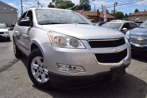 2009 Chevrolet Traverse for sale in Paterson, NJ