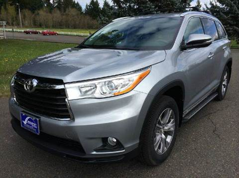 2014 Toyota Highlander for sale at Bridgeport Auto Group in Portland OR