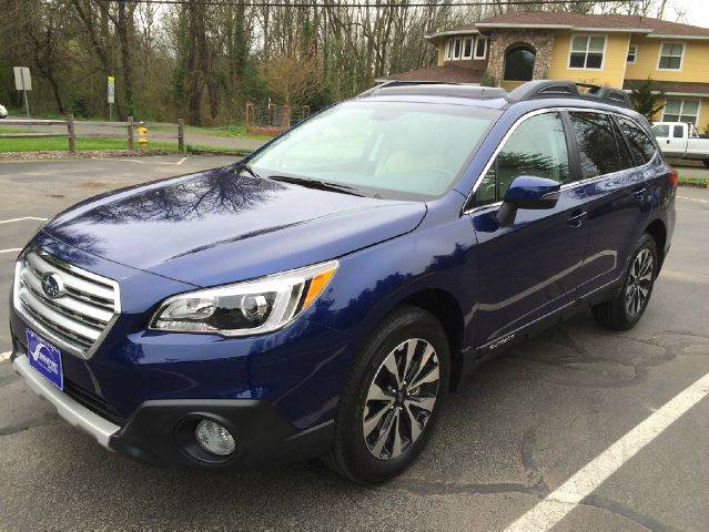 2015 Subaru Outback for sale at Bridgeport Auto Group in Portland OR