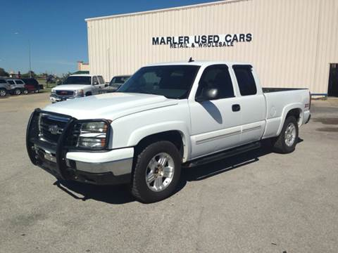 2006 Chevrolet Silverado 1500 for sale at MARLER USED CARS in Gainesville TX