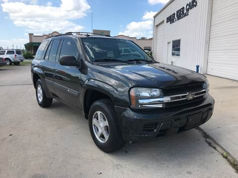 2004 Chevrolet TrailBlazer for sale at MARLER USED CARS in Gainesville TX