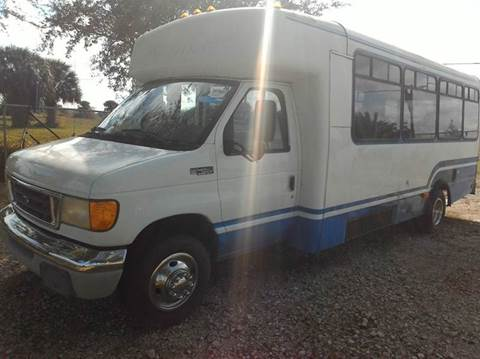 2003 Ford E-450 for sale at AUTO CARE CENTER INC in Fort Pierce FL