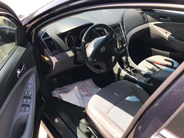 2014 Hyundai Sonata GLS 4dr Sedan - Lawrence MA