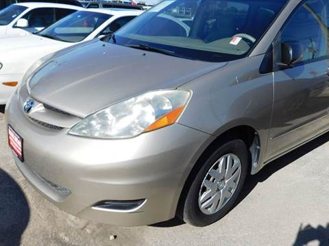 2006 Toyota Sienna for sale at FAIR DEAL AUTO SALES INC in Houston TX