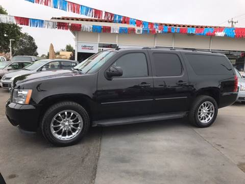 2007 Chevrolet Suburban for sale at Californiacar Sales in Santa Maria CA