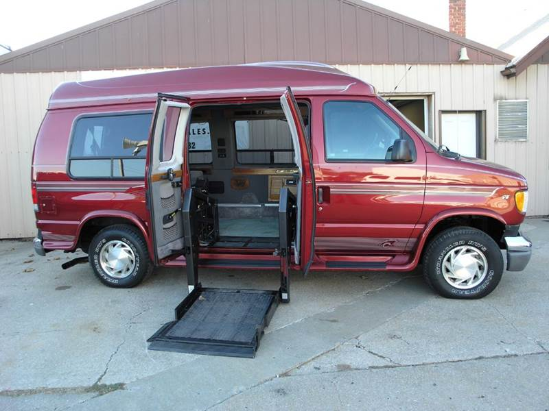 1998 Ford E 150 CHARIOT HI TOP CONVERSION