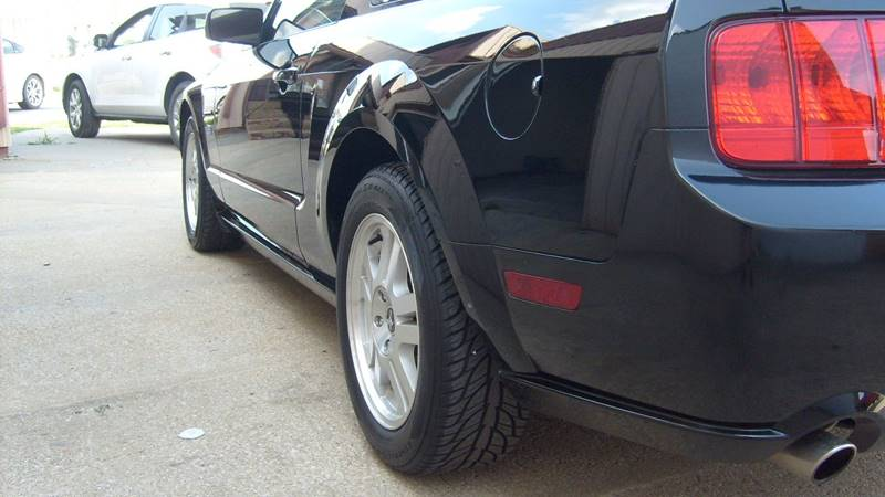 2008 Ford Mustang GT Premium 2dr Coupe - North Kansas City MO