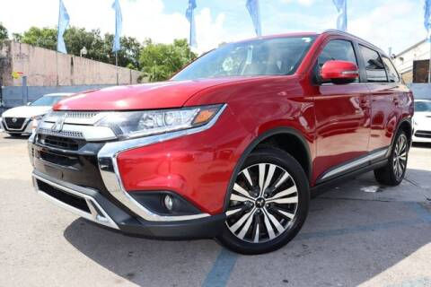 2019 Mitsubishi Outlander for sale at OCEAN AUTO SALES in Miami FL
