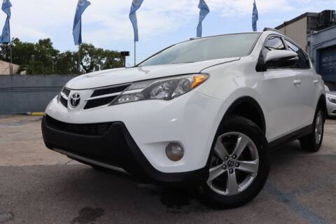 2015 Toyota RAV4 for sale at OCEAN AUTO SALES in Miami FL