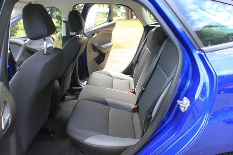 2012 Ford Focus SE 4dr Hatchback - Hillsboro OR