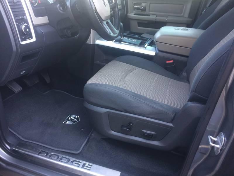 2010 Dodge Ram Pickup 1500 4x4 SLT 4dr Crew Cab 5.5 ft. SB Pickup - Reidsville NC