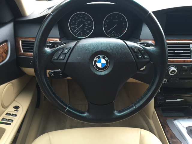 2009 BMW 5 Series 528i 4dr Sedan - Reidsville NC