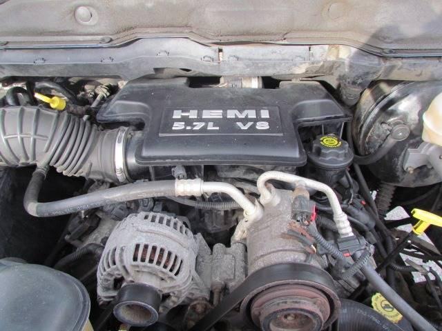 2003 Dodge Ram Pickup 1500 SLT (image 27)