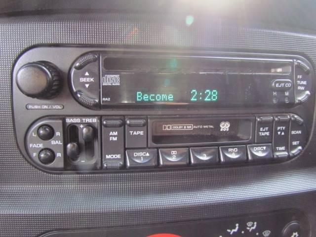 2003 Dodge Ram Pickup 1500 SLT (image 17)