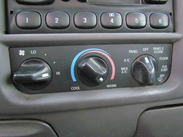2002 Ford F-150 XL (image 14)
