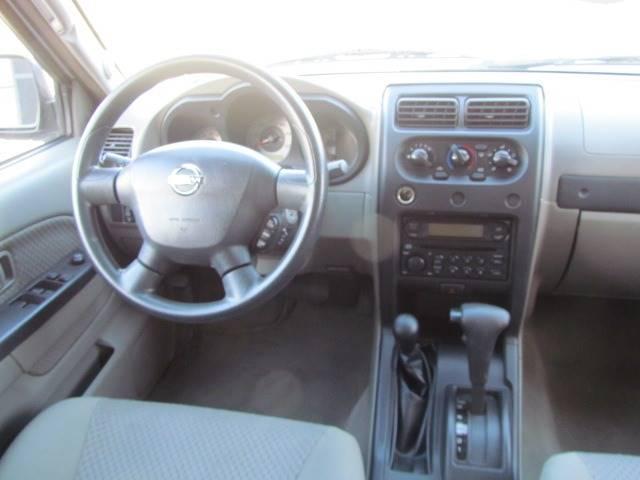 2004 Nissan Xterra XE (image 24)