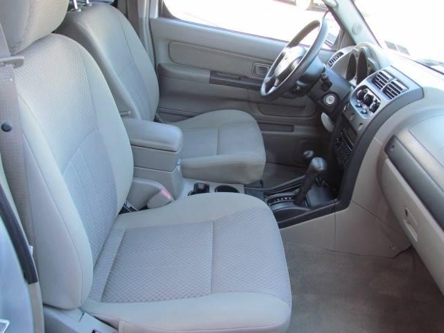 2004 Nissan Xterra XE (image 25)