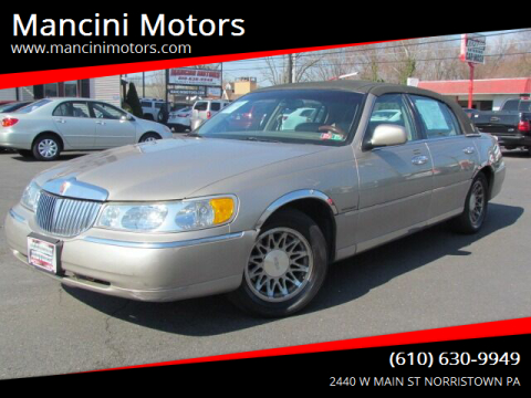 1999 Lincoln Town Car Signature for sale at Mancini Motors in Norristown PA