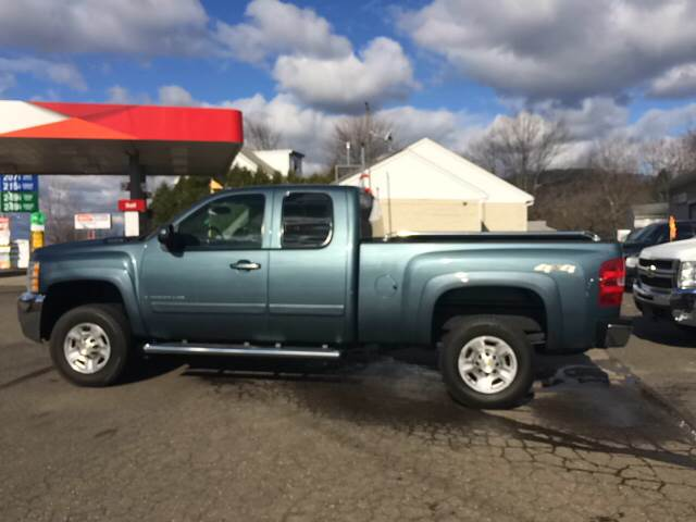 2007 Chevrolet Silverado 2500HD LTZ 4dr Extended Cab 4WD SB - East Haven CT