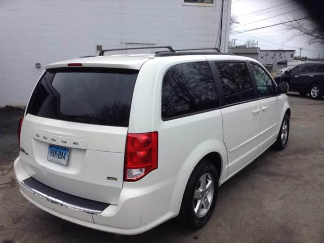 2012 Dodge Grand Caravan SXT 4dr Mini-Van - East Haven CT