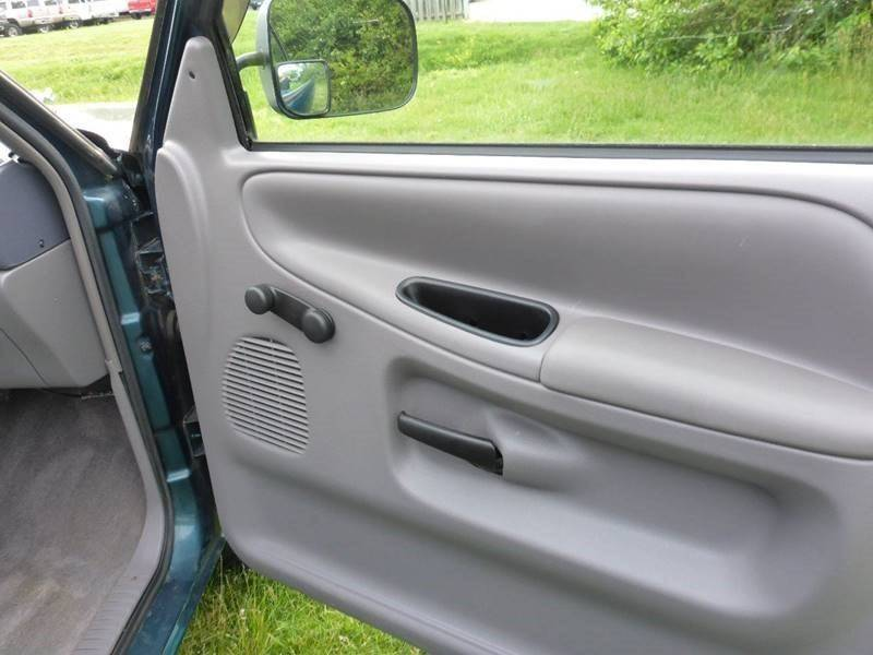 1996 Dodge Ram Pickup 1500 2dr ST Extended Cab SB - Fredericksburg VA
