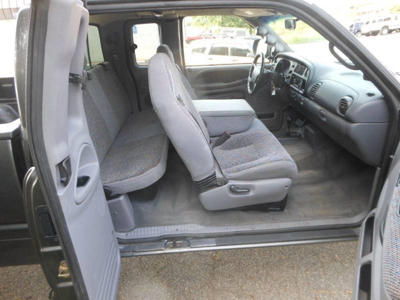 2002 Dodge Ram Pickup 2500 4dr Quad Cab SLT Plus 4WD LB - Fredericksburg VA