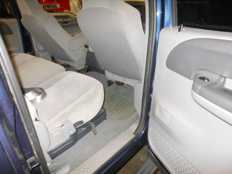 2004 Ford F-250 Super Duty 4dr Crew Cab XLT 4WD SB - Fredericksburg VA