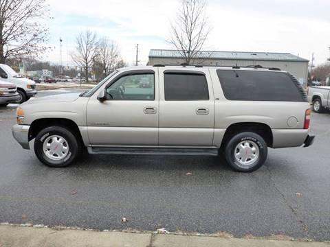 2001 GMC Yukon XL for sale at Platinum Auto World in Fredericksburg VA