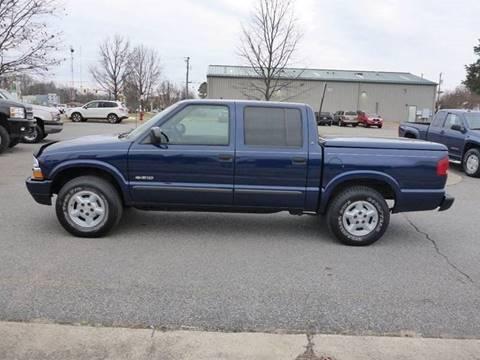 2003 Chevrolet S-10 for sale at Platinum Auto World in Fredericksburg VA
