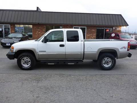 2003 GMC Sierra 2500 for sale at Platinum Auto World in Fredericksburg VA