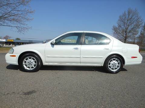 2000 Nissan Maxima for sale at Platinum Auto World in Fredericksburg VA