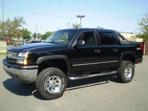 2005 Chevrolet Avalanche for sale at Platinum Auto World in Fredericksburg VA