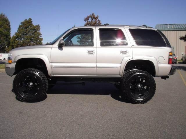 2004 Chevrolet Tahoe for sale at Platinum Auto World in Fredericksburg VA
